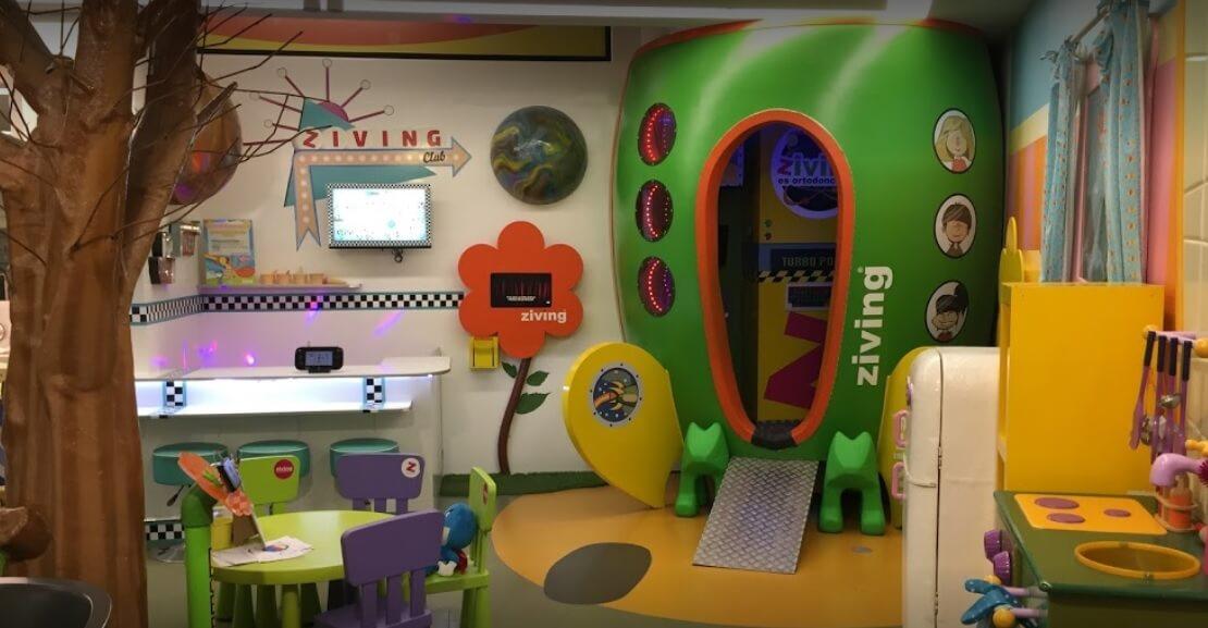 Un buen dentista en Valencia para niños abierto HOY – ¡Es Ziving!