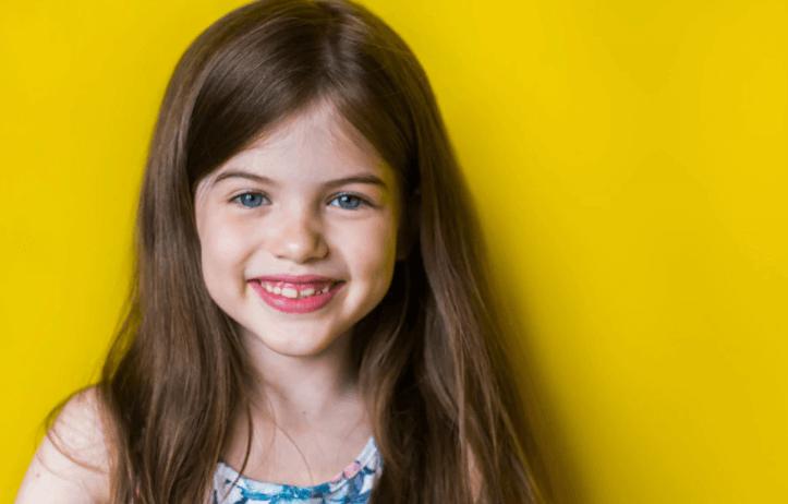 dientes apiñados en niños